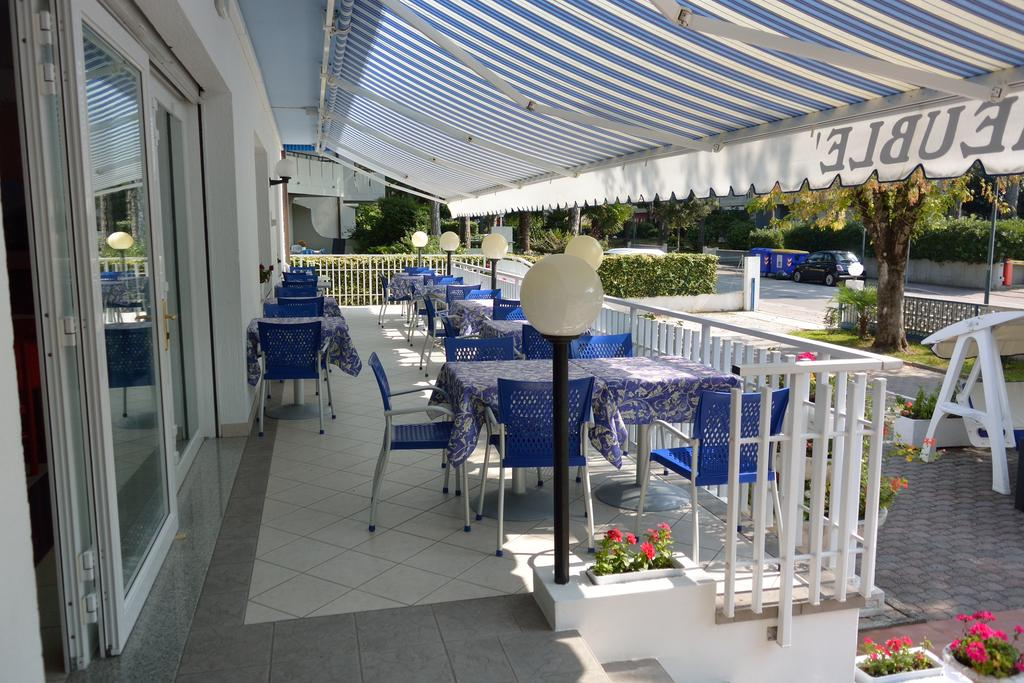 hotel paris lignano booking